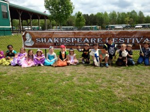 Students wore their Shakespearean best to close out the festival week!